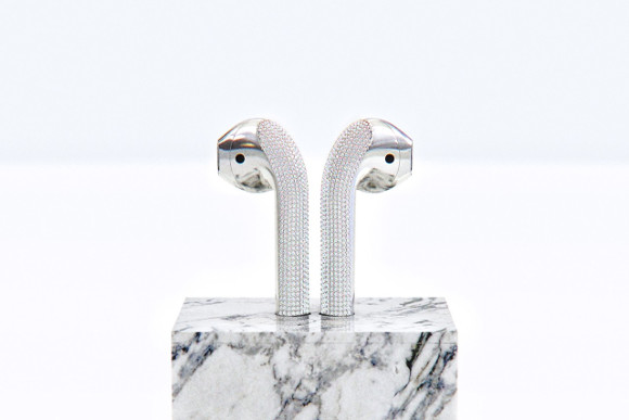 https___hypebeast.com_image_2019_07_ian-delucca-diamond-airpods-new-materialism-3