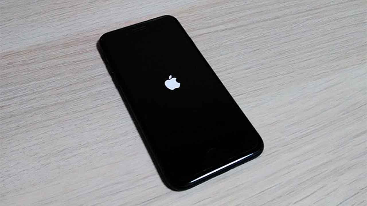 iphone-apple-logo-loop-eyecatch (1).jpg